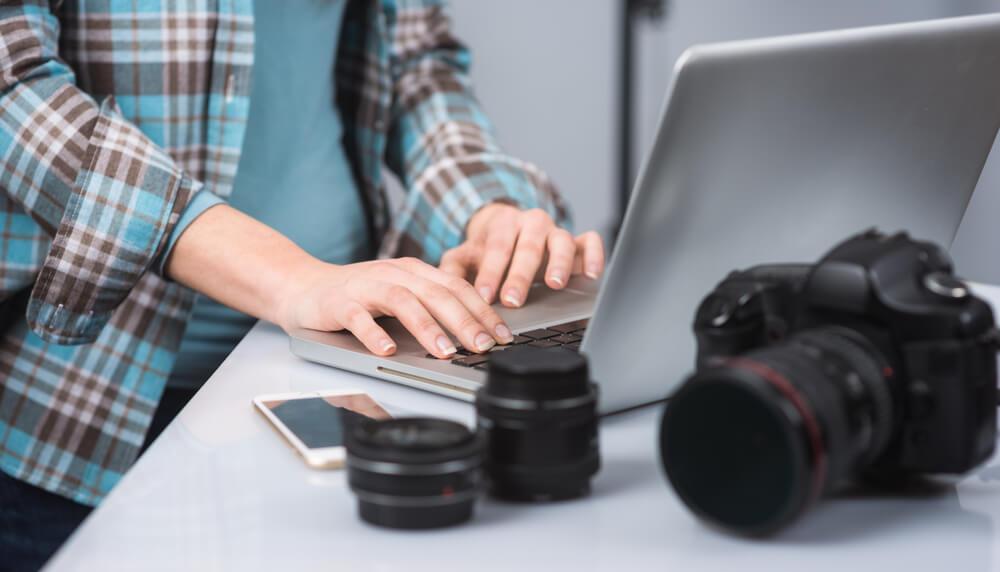 Bancos de imagens ou produção de fotos: qual a melhor opção?